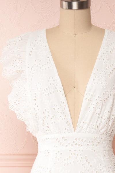 Nikoletta White Crocheted Lace Bridal Dress front close up | Boudoir 1861