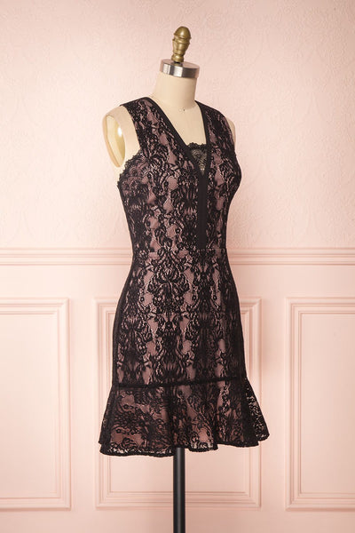Nirvelli Black Lace Dress | Robe Cocktail side view | Boutique 1861