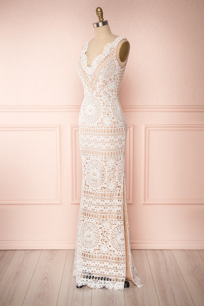 Nyura Ivory Lace Bridal Dress | Robe Blanche | Boudoir 1861 side view