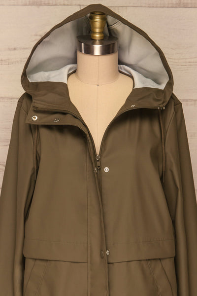 Oldham Khaki Matte Raincoat | La Petite Garçonne front close up hood