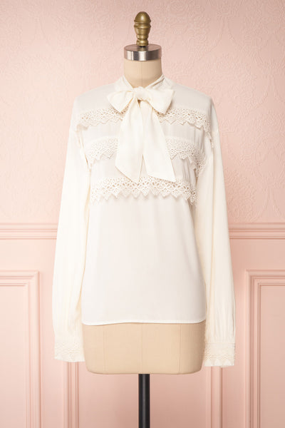 Olympa Ivory Blouse | Chemisier Ivoire front view | Boutique 1861