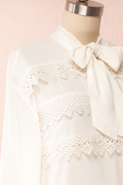 Olympa Ivory Blouse | Chemisier Ivoire side close up | Boutique 1861