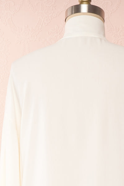 Olympa Ivory Blouse | Chemisier Ivoire back close up | Boutique 1861