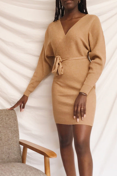 Oria Taupe Faux-Wrap Short Knit Dress | La petite garçonne model