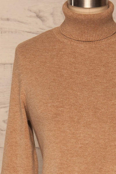 Orphne Camel Sweater Dress | Robe Beige | La Petite Garçonne front close-up