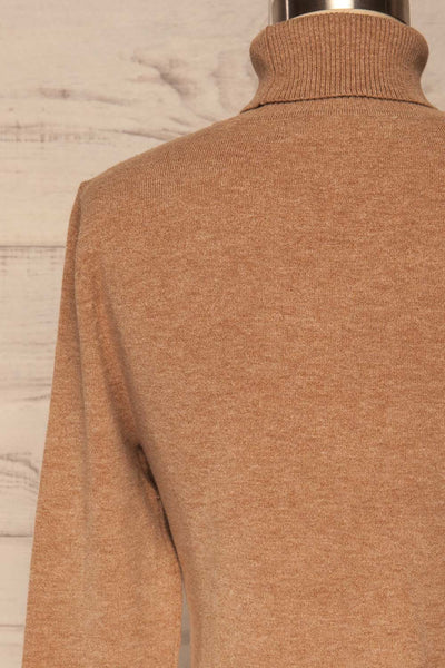 Orphne Camel Sweater Dress | Robe Beige | La Petite Garçonne back close-up