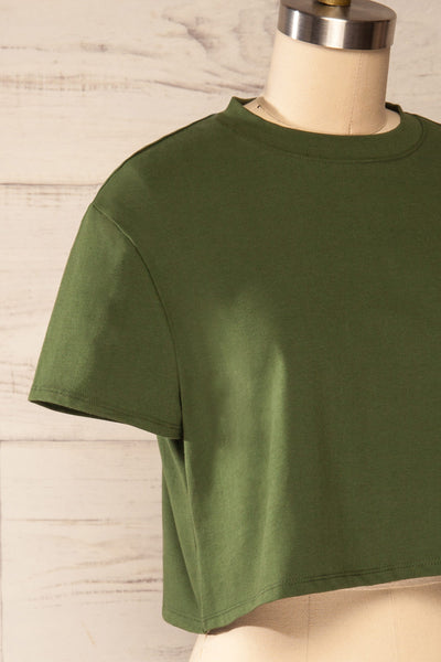 Ovca Green Cropped T-Shirt | La petite garçonne side close up