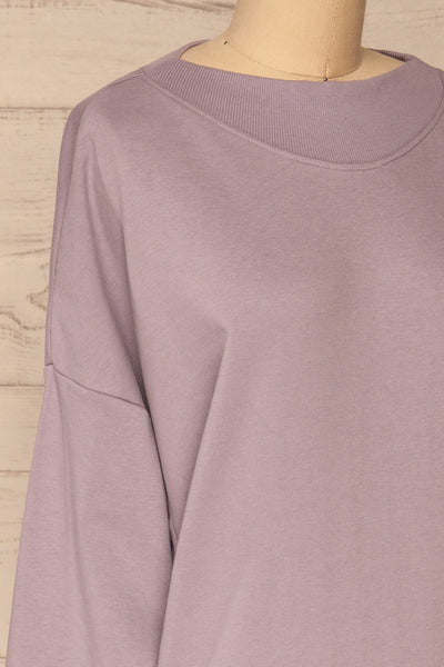 Ozorkow Lilac Long Sleeve Sweatshirt | La petite garçonne side close-up