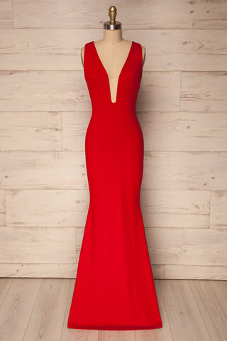 Padulle Red Mermaid Gown with Plunging Neckline | La Petite Garçonne