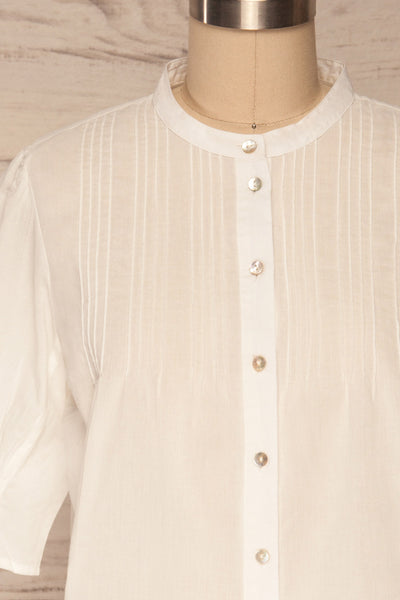 Paoline White Short Sleeve Blouse | La petite garçonne front close up