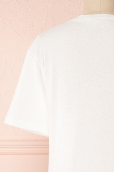 Parielle White T-Shirt w/ Center Print | Boutique 1861 back close-up