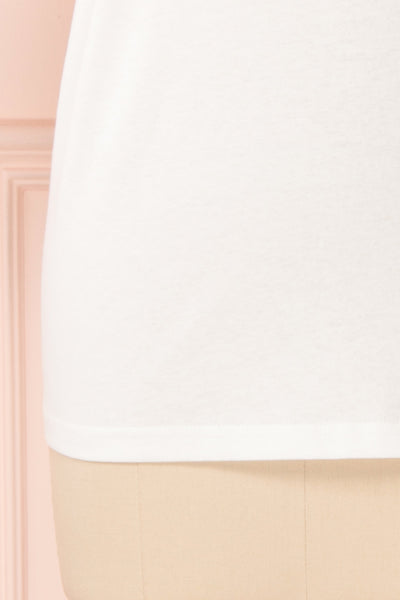 Parielle White T-Shirt w/ Center Print | Boutique 1861 bottom
