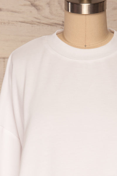 Pasklek White Long Sleeve Crop Top | La petite garçonne front close up
