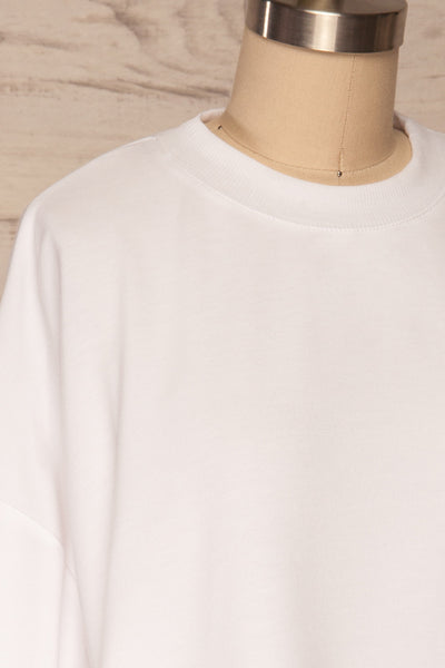 Pasklek White Long Sleeve Crop Top | La petite garçonne side close up