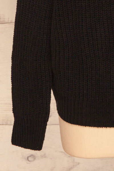 Patras Black V-Neck Knitted Sweater | La petite garçonne sleeve
