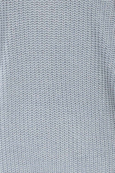 Patras Light Blue V-Neck Knitted Sweater | La petite garçonne fabric
