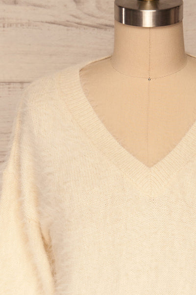 Pesaro Beige Fuzzy V-Neck Sweater | La petite garçonne  front close up