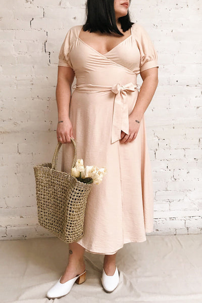 Piastow Sand Beige Short Sleeve Midi Dress | Boutique 1861 model look