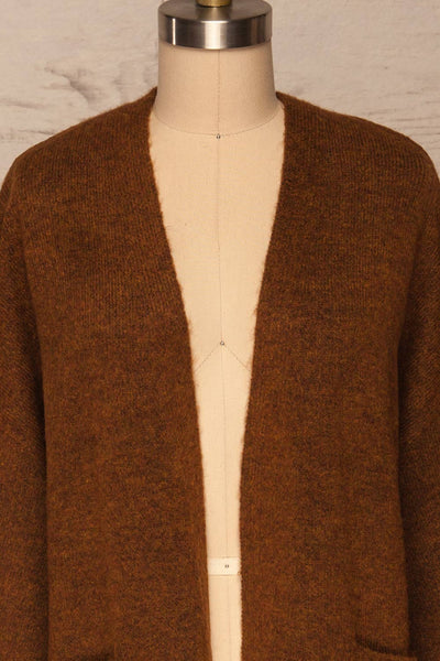 Pniewy Brown Long Knit Cardigan | La petite garçonne front close up