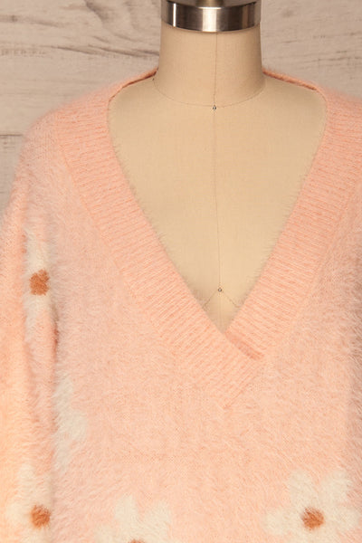 Popoli Pink Floral Fuzzy Sweater | La petite garçonne front close up
