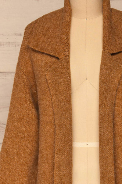 Qormi Brown Long Knitted Cardigan | La petite garçonne front close-up