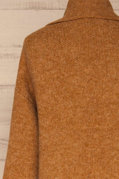 Qormi Brown Long Knitted Cardigan | La petite garçonne back close-up