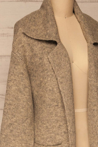 Qormi Grey Long Knitted Cardigan | La petite garçonne side close-up