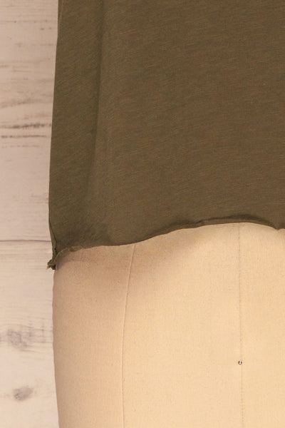 Quarreni Olive Green Crop T-Shirt | La petite garçonne bottom
