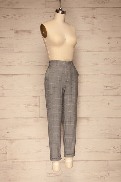 Ronhee Grey Plaid Straight Leg Pants | La petite garçonne side view