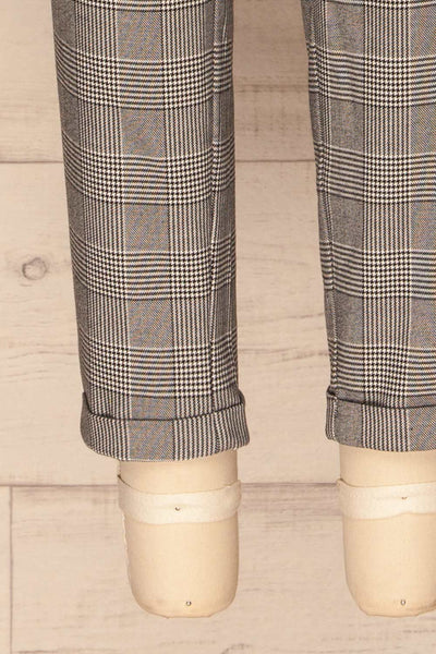 Ronhee Grey Plaid Straight Leg Pants | La petite garçonne bottom