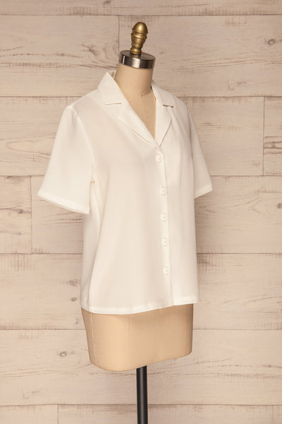 Rosarno White Crepe Short Sleeved Shirt | La petite garçonne side view