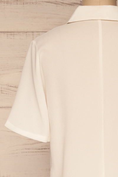 Rosarno White Crepe Short Sleeved Shirt | La petite garçonne back close-up