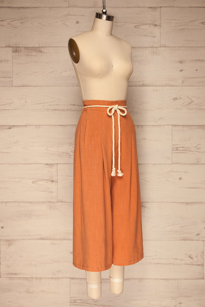 Rotello Orange High-Waisted Cropped Pants | La petite garçonne side view