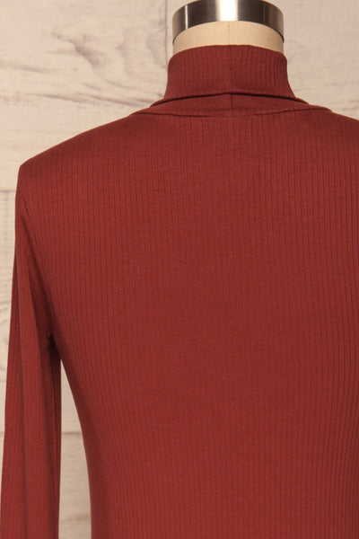Roust Rust Cotton Ribbed Turtleneck Top back view | La Petite Garçonne