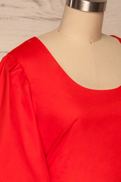 Rydzyna Red Short-Sleeved Crop Top | La petite garçonne side close up