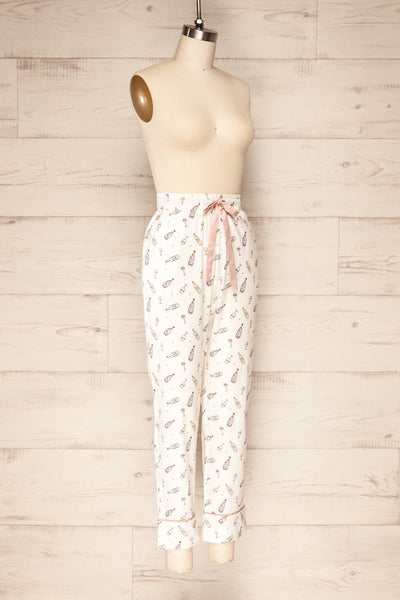Set Carbonada White Wine Pyjama Set | La petite garçonne side view pants