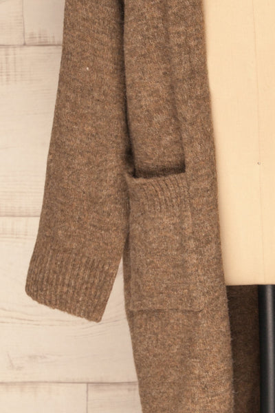 Saracena Taupe Knit Long Cardigan | La Petite Garçonne sleeve close-up