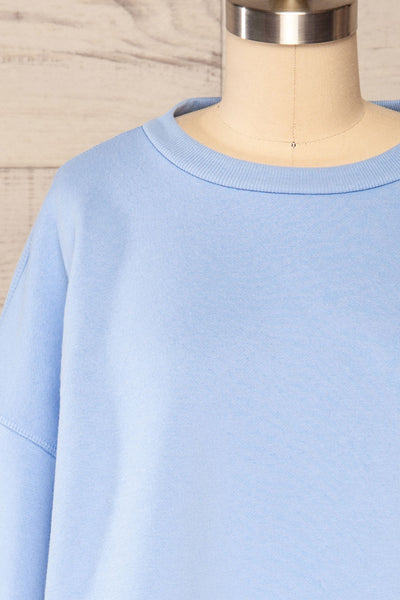 Set Luqa Blue Sweater & Joggers | La petite garçonne top front close up