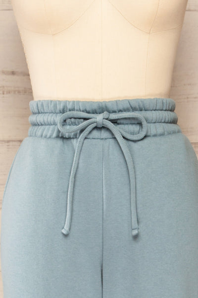 Set Luqa Denim Blue Sweater & Joggers | La petite garçonne front close-up