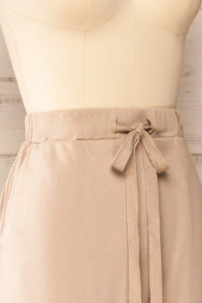 Set Muszyna Beige Loungewear Set | La petite garçonne side close-up