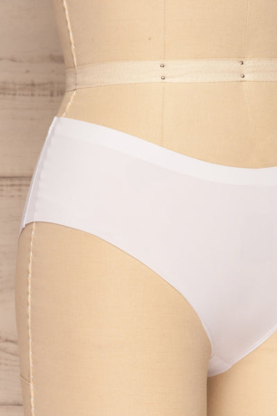 Set Pamplona Pack of 3 Seamless Undies | La petite garçonne side close up white