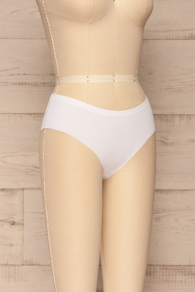 Set Pamplona Pack of 3 Seamless Undies | La petite garçonne side view white