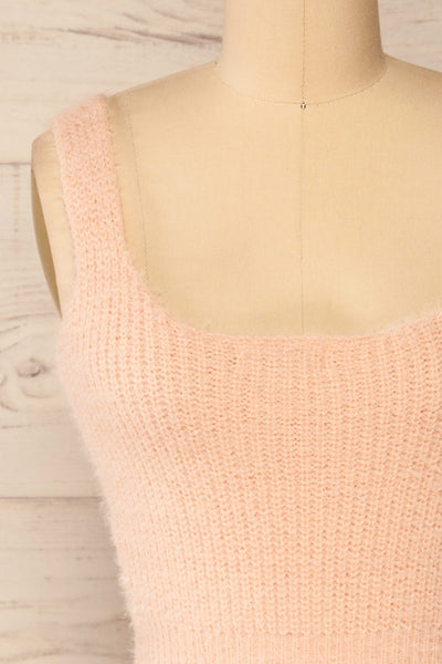 Set Ajka Pink Fuzzy Caridgan & Cami Set | La petite garçonne cami front close-up