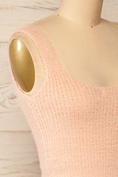 Set Ajka Pink Fuzzy Caridgan & Cami Set | La petite garçonne cami side close-up