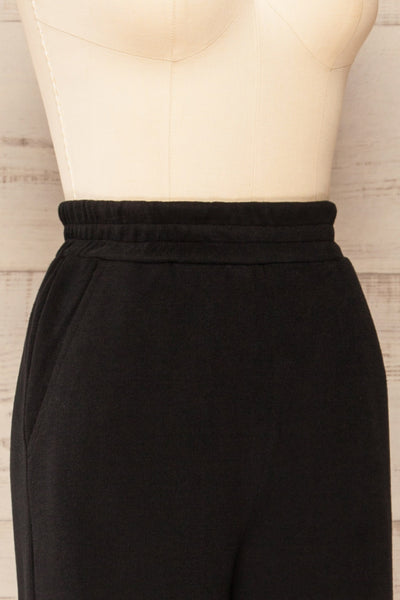 Set Flauro Black Crop Top & Pants | La petite garçonne side close-up