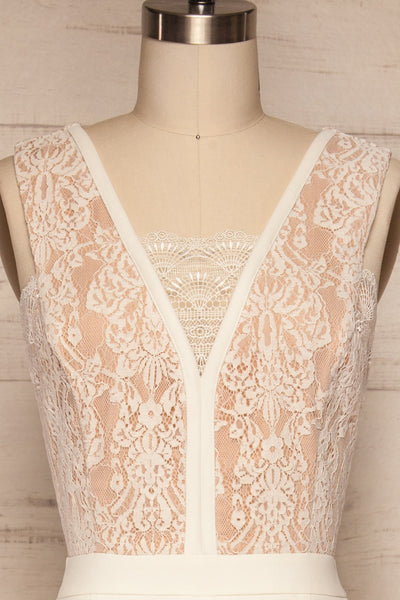 Shalini White Lace Jumpsuit | Combinaison | La Petite Garçonne front close-up