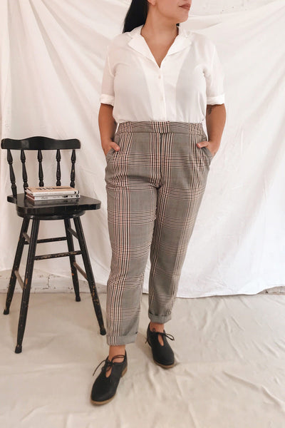 Fagernes Grey Tapered Plaid Pant | La petite garçonne model look 2