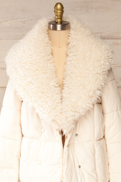 Spoleto Ivory Long Quilted Coat | La petite garçonne open fur close-up