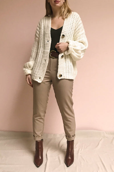 Falstad Taupe Fitted Pants | La Petite Garçonne model look