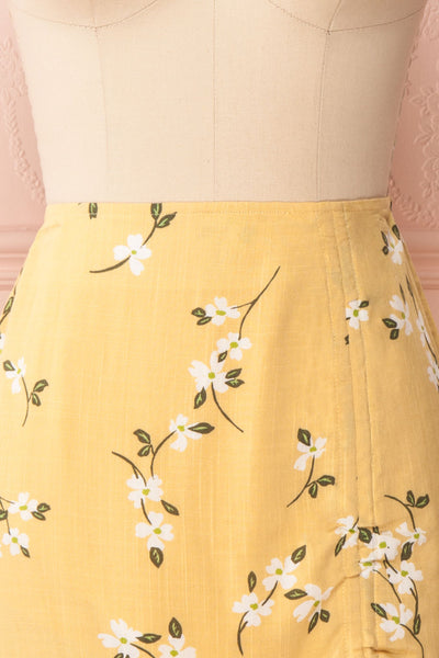 Katalina Yellow Floral Top with Frills | Boutique 1861 front close up